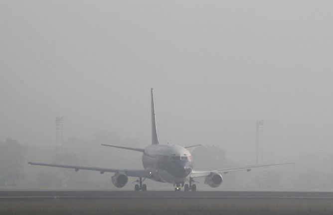 Dampak Asap 13 Bandara Ditutup